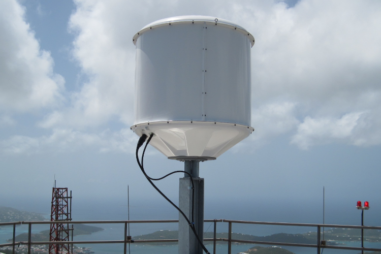 Superquad Central Receive Antenna Systems
